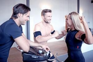FLOW FIT EMS-Training mit Trainer